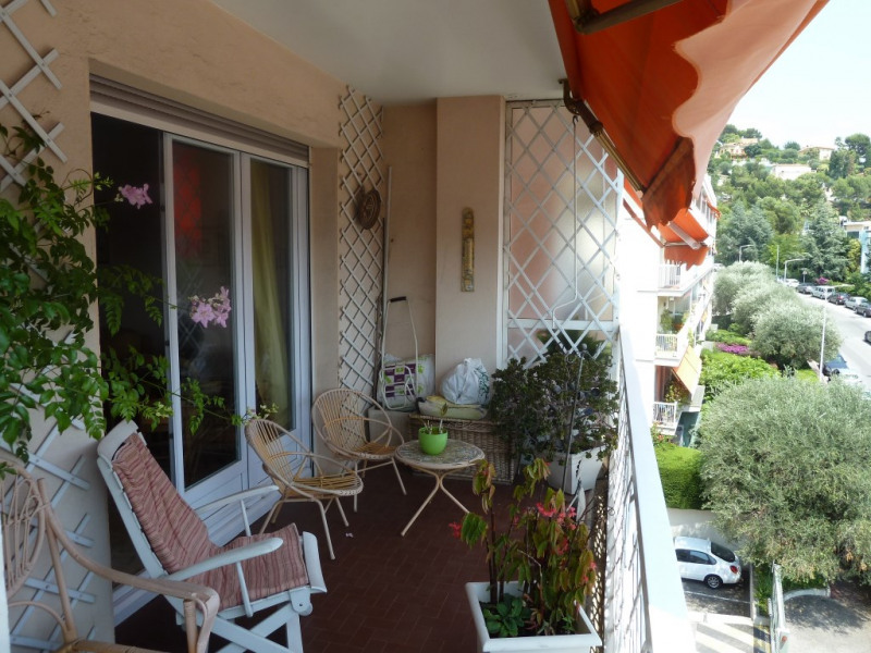 Vente appartement Nice 320 000€ - Photo 2