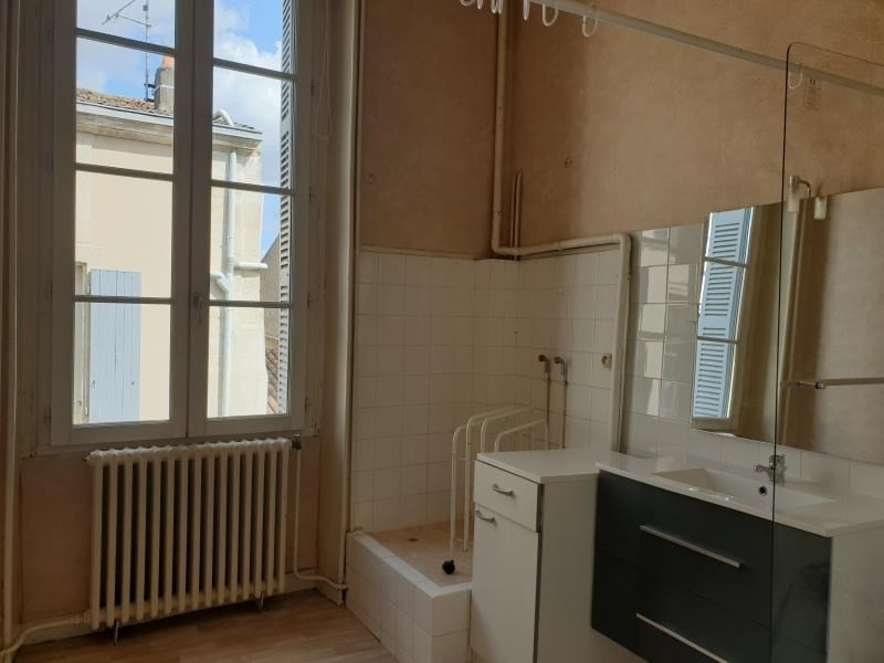 Location appartement St maixent l ecole 450€ CC - Photo 2