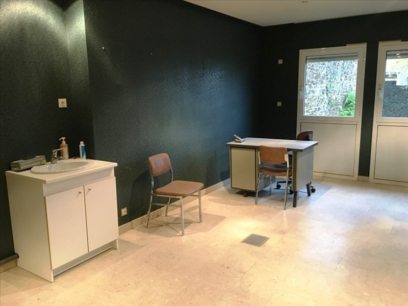 Location local commercial Fougeres 600€ HT/HC - Photo 3