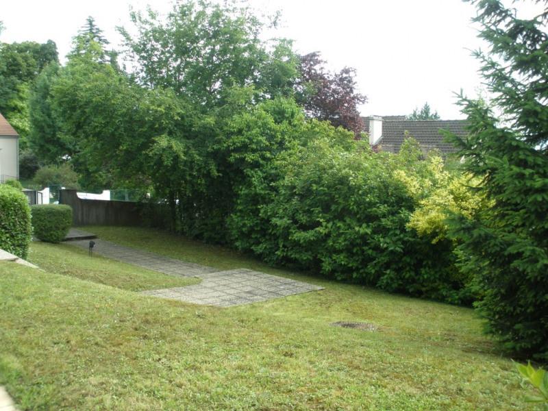 Rental house / villa Parmain 2049€ CC - Picture 3
