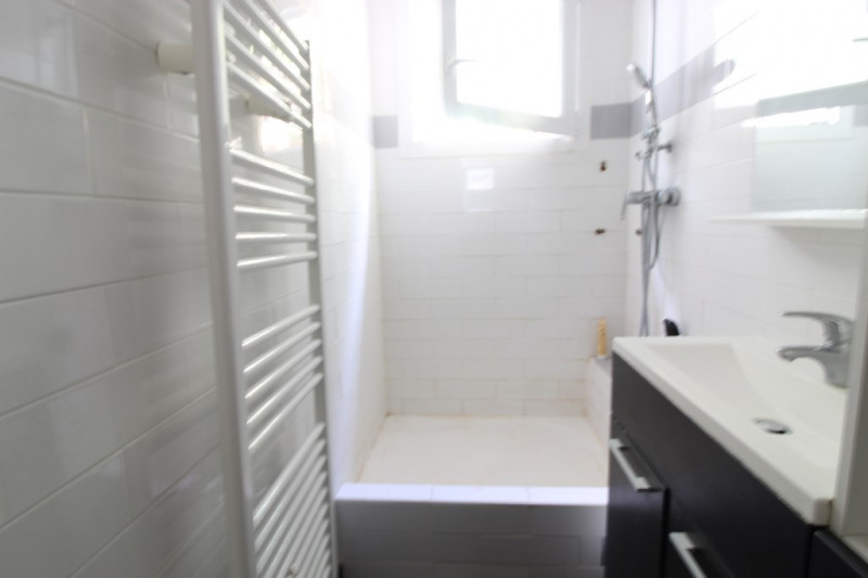 Vendita appartamento Hyeres 203300€ - Fotografia 7