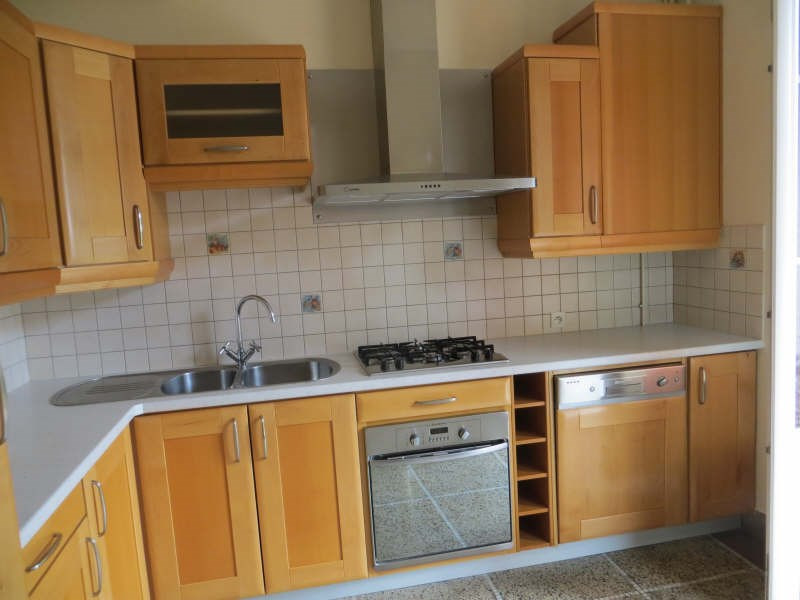 Rental apartment Chamalieres 870€ CC - Picture 2