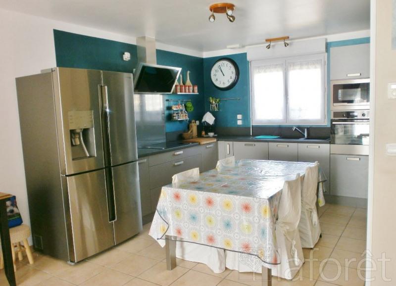Sale house / villa Bourgoin jallieu 235000€ - Picture 3
