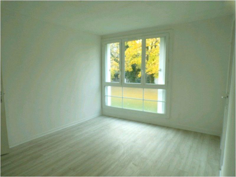Rental apartment Brunoy 878€ CC - Picture 2