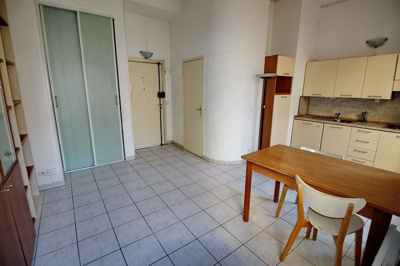 Sale apartment Nice 145 000€ - Picture 6