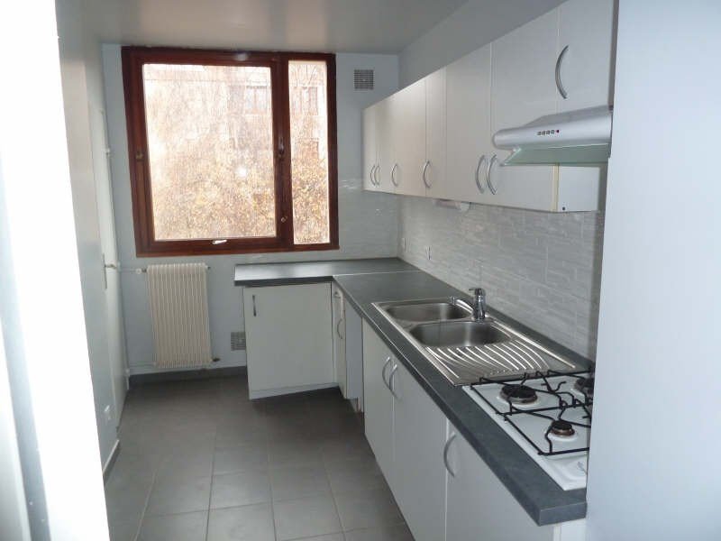 Rental apartment Andresy 895€ CC - Picture 9
