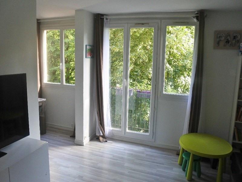 Sale apartment Franconville 144000€ - Picture 1