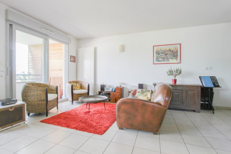 Sale apartment Bassens 250000€ - Picture 2