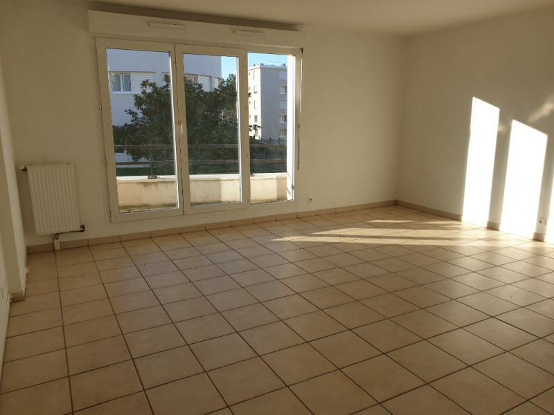 Alquiler  apartamento St michel sur orge 1140€ CC - Fotografía 2