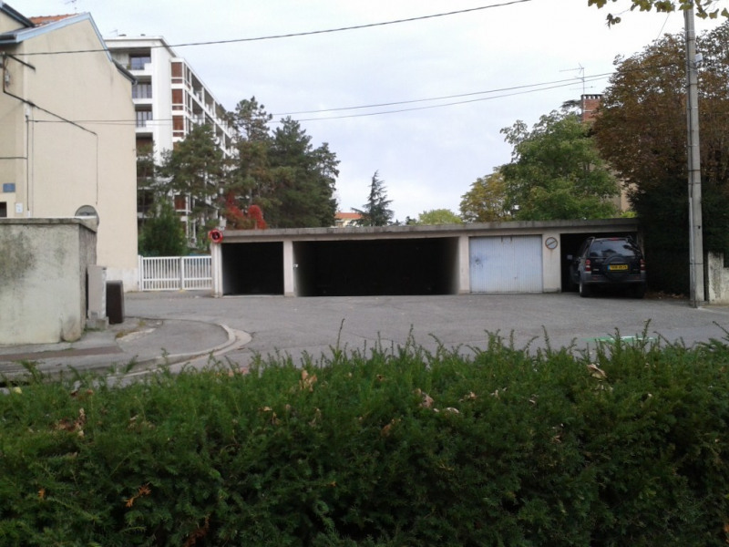 Location parking Romans-sur-isère 55€ CC - Photo 1