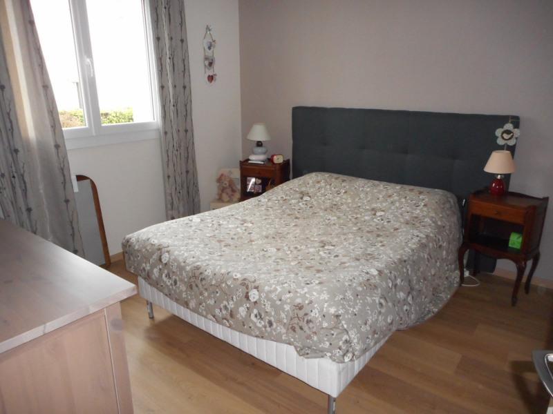 Sale apartment Lons-le-saunier 118000€ - Picture 3