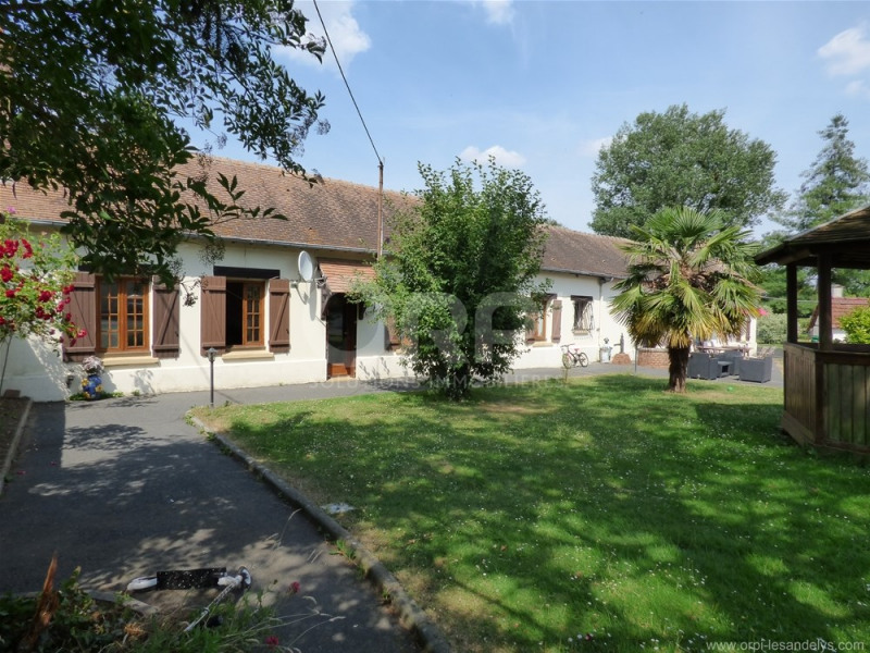 Sale house / villa St clair sur epte 299 000€ - Picture 1