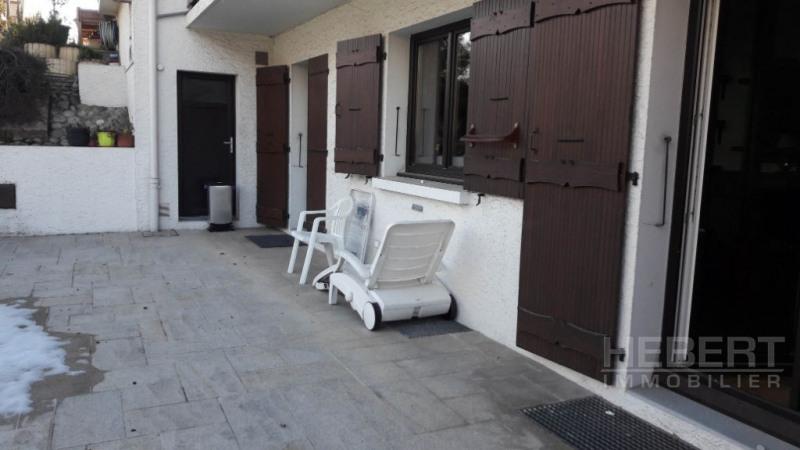 Location appartement Sallanches 915€ CC - Photo 2