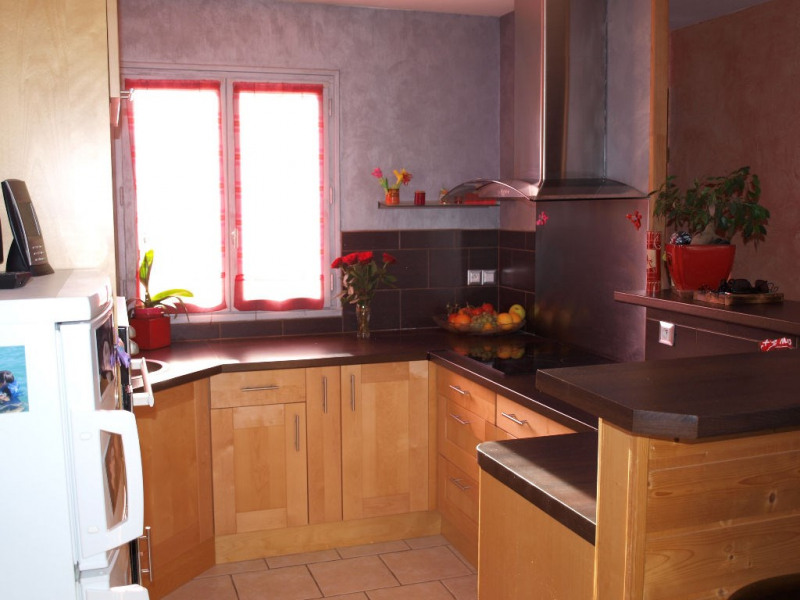 Sale house / villa Sainte soulle 266 000€ - Picture 4