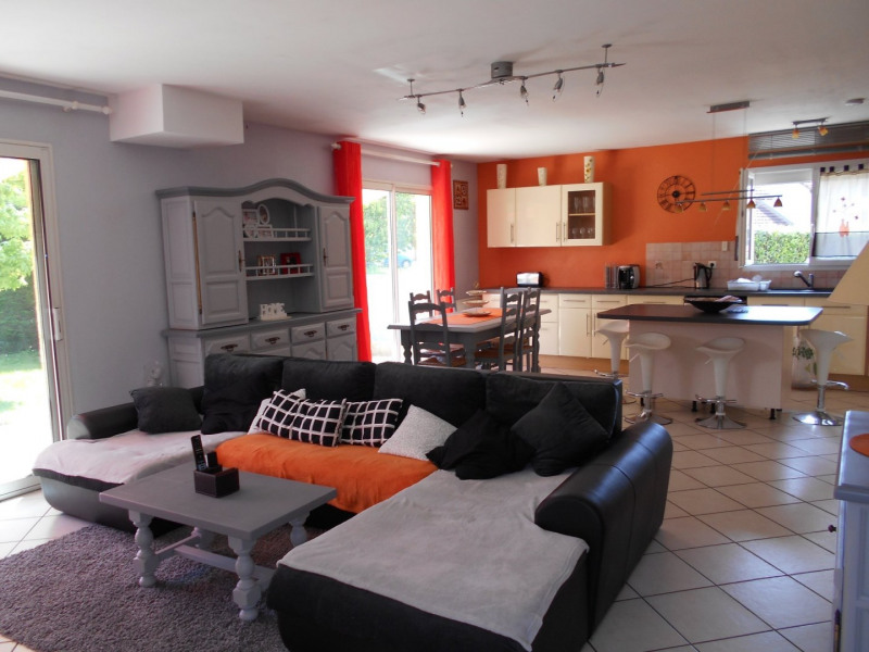 Sale house / villa Le pont de beauvoisin 239 000€ - Picture 4