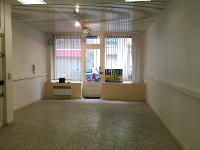 Location local commercial Asnieres sur seine 870€ CC - Photo 4