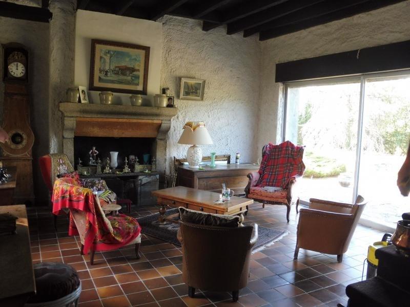 Sale house / villa Peyrilhac 108000€ - Picture 4