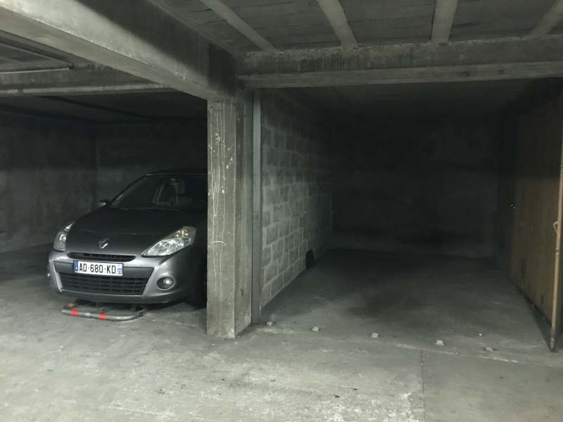 Rental parking spaces Pau 55€ CC - Picture 3