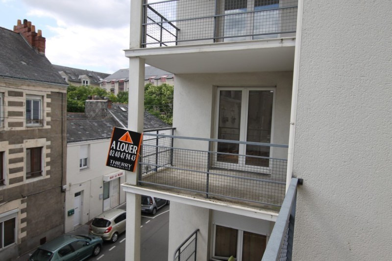 Location appartement Nantes 732€ CC - Photo 10