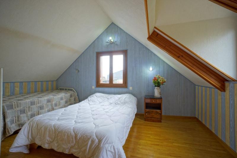 Sale house / villa Les andelys 242000€ - Picture 8