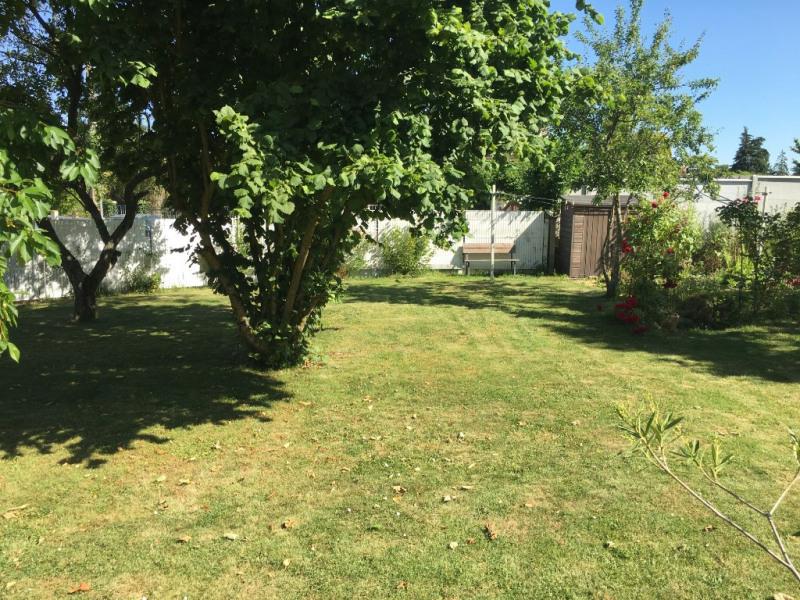 Sale house / villa Poisvilliers 261820€ - Picture 1