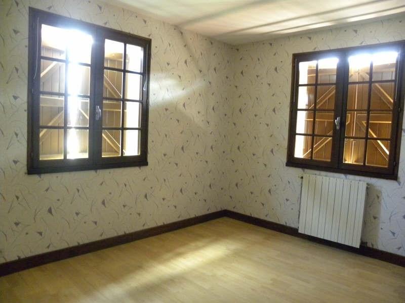 Rental house / villa St palais 640€ CC - Picture 6