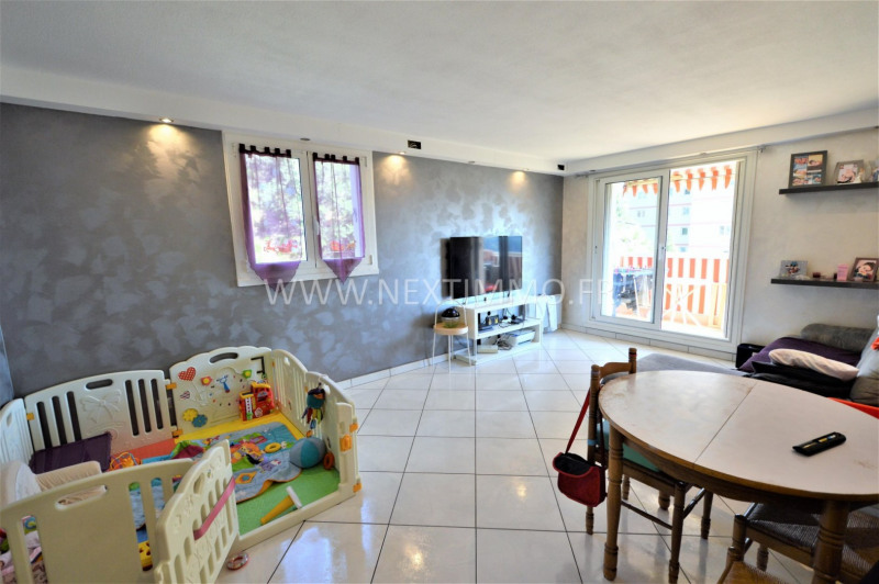 Revenda apartamento Menton 275000€ - Fotografia 1