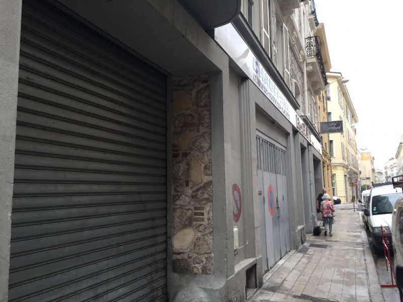 Location local commercial Nice 8 500€ CC - Photo 11