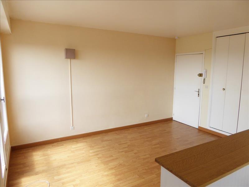 Rental apartment Maurepas 650€ CC - Picture 2