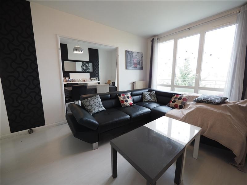 Sale apartment Bois d arcy 206 500€ - Picture 1