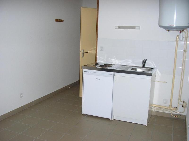 Rental apartment Nantua 255€ CC - Picture 2