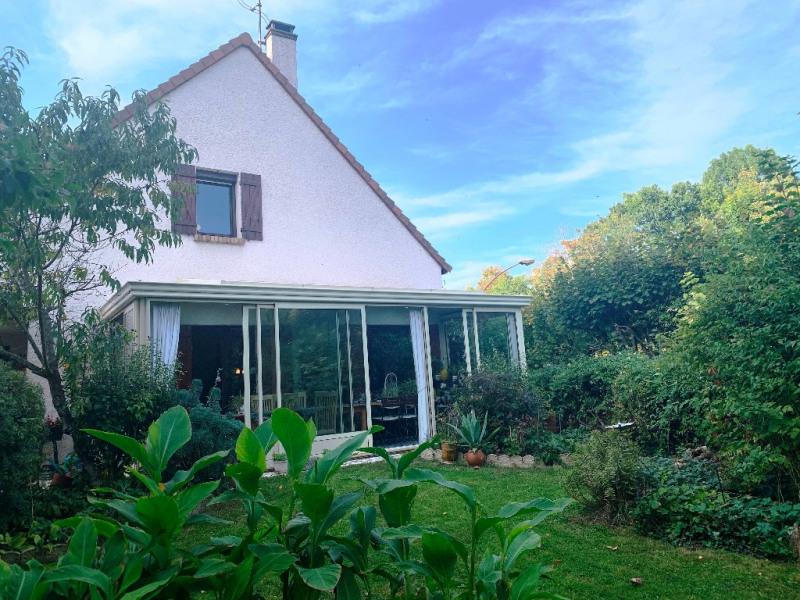 Sale house / villa Poissy 598000€ - Picture 1