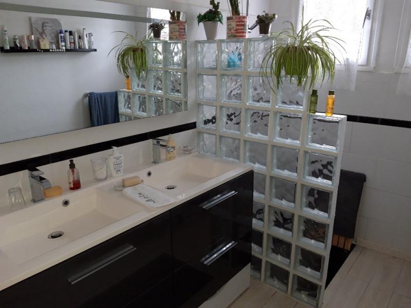Vente maison / villa Saint jean brévelay 256025€ - Photo 5