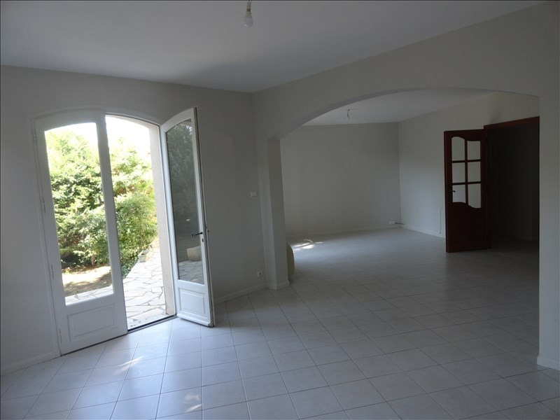 Location maison / villa Lunel 1117€ CC - Photo 4