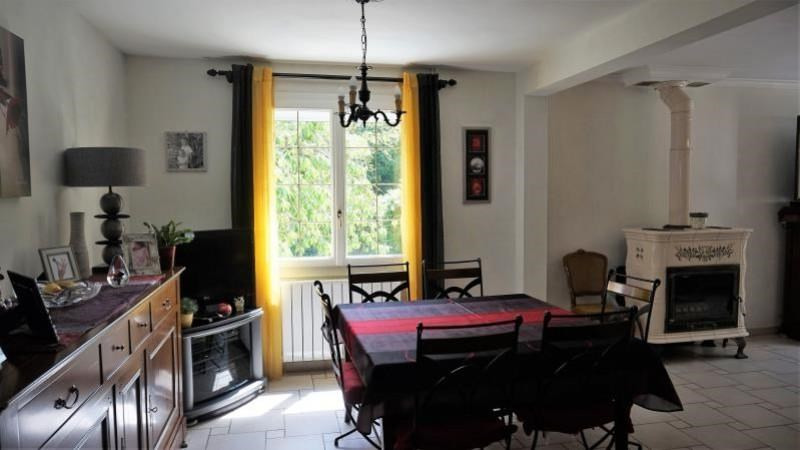 Revenda casa Breval 398000€ - Fotografia 5