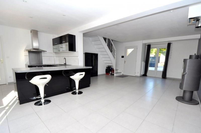 Sale house / villa Forges les bains 369000€ - Picture 6