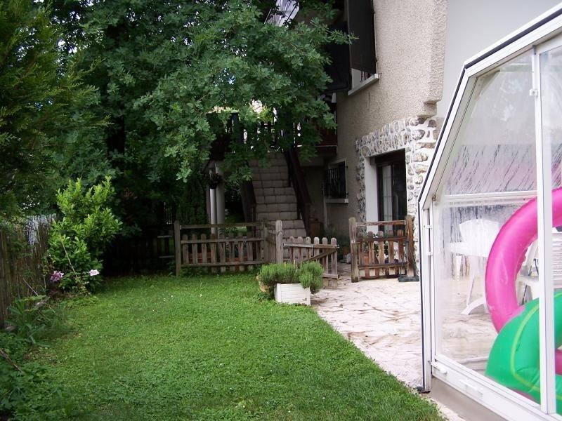 Deluxe sale house / villa Bassens 556500€ - Picture 4