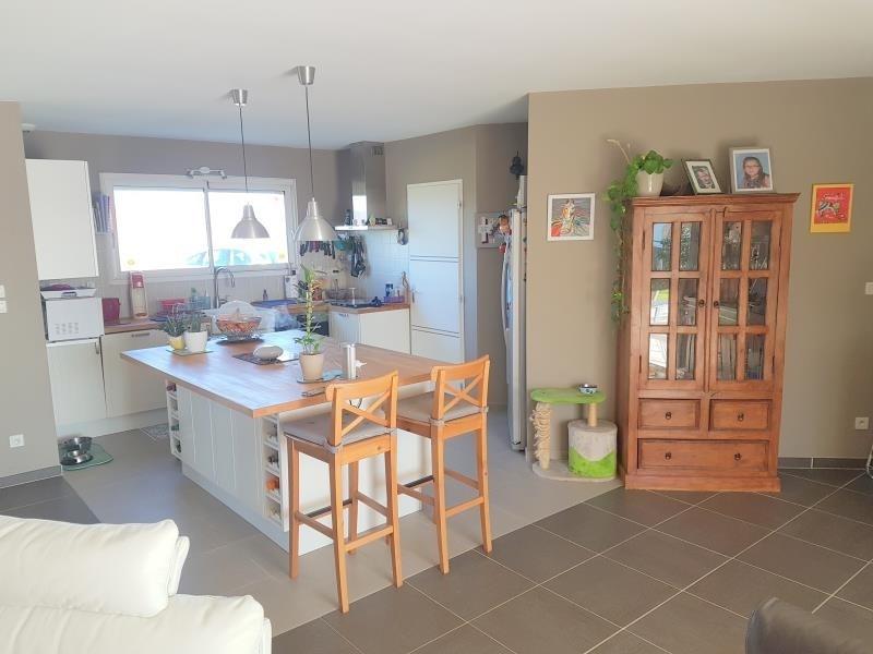 Sale house / villa St andre de cubzac 338000€ - Picture 2