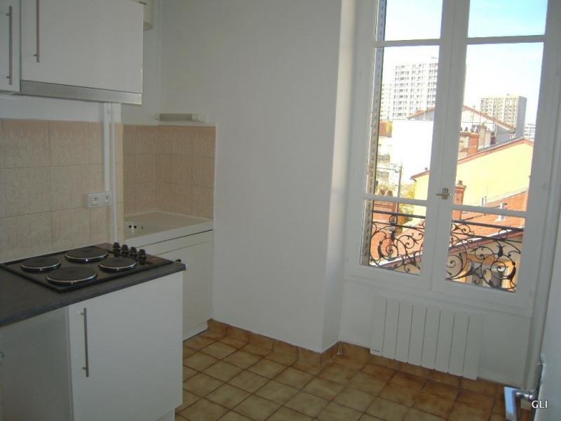 Rental apartment Villeurbanne 433€ CC - Picture 6