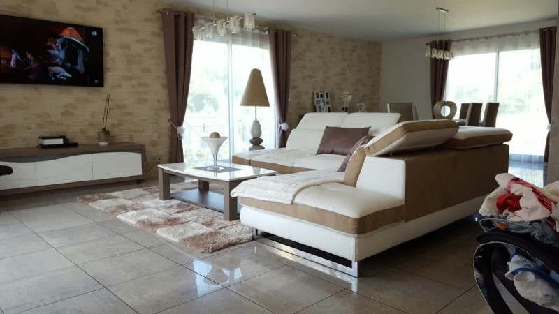 Vente maison / villa Bornel 439800€ - Photo 4