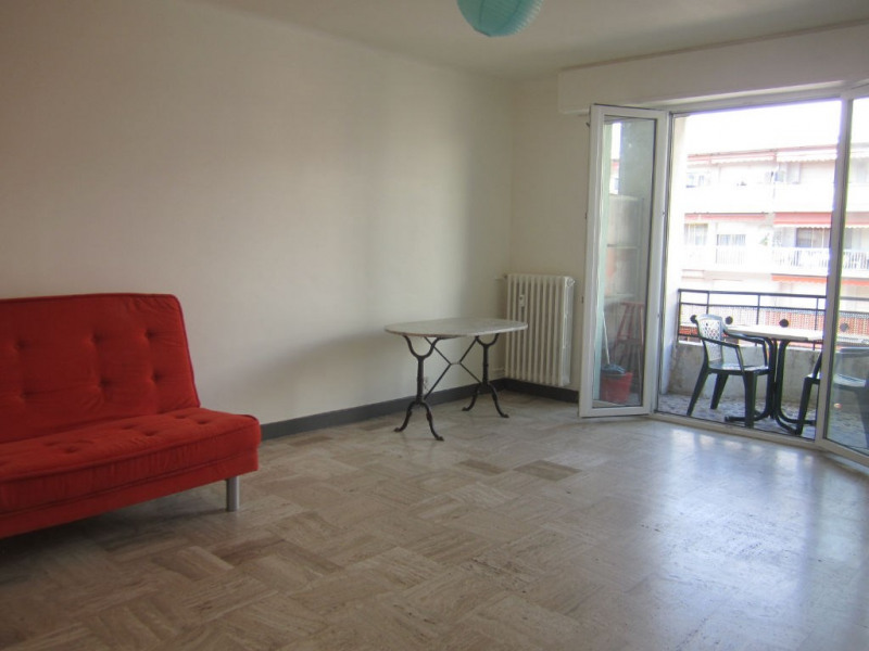 Location appartement Cagnes sur mer 615€ CC - Photo 1
