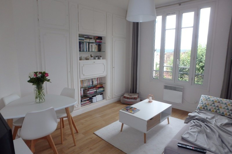 Location appartement Viroflay 850€ CC - Photo 1