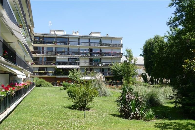 Sale apartment Verrieres le buisson 242000€ - Picture 1