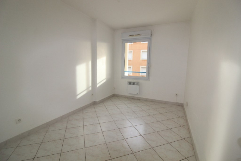 Vente appartement Hyeres 299 900€ - Photo 6
