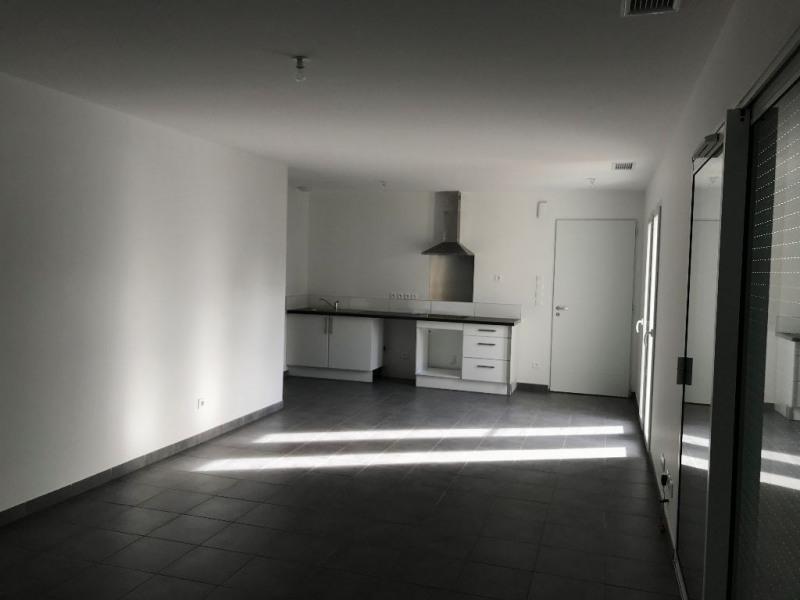 Rental house / villa Merville 910€ CC - Picture 3