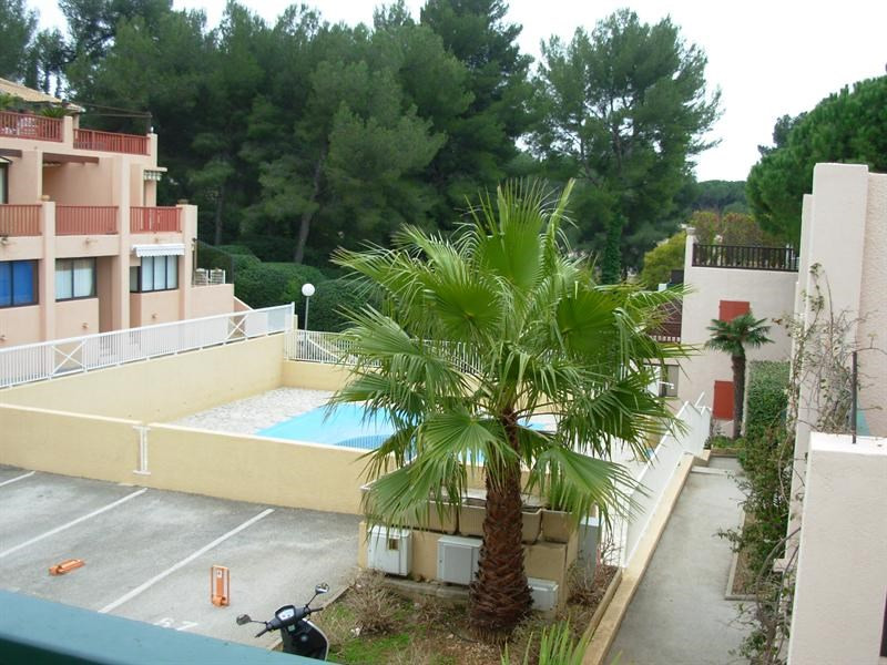 Vacation rental apartment Bandol 360€ - Picture 1