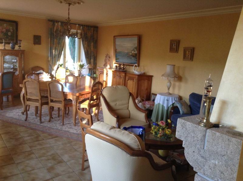 Sale house / villa Rostrenen 180900€ - Picture 6