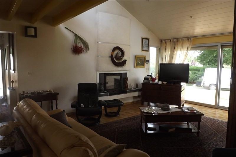 Sale house / villa Montpon menesterol 222000€ - Picture 3