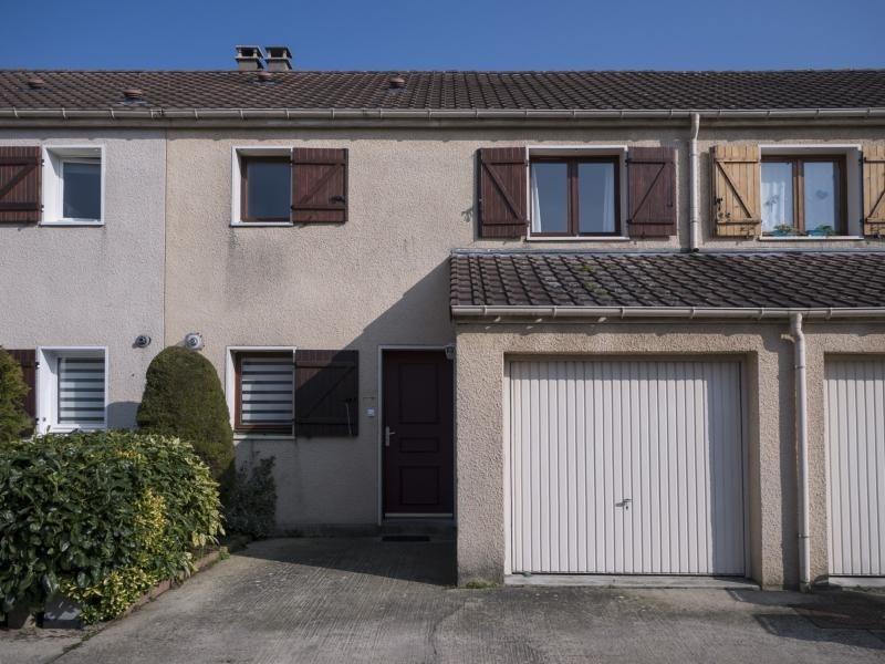 Sale house / villa Plaisir 309000€ - Picture 8