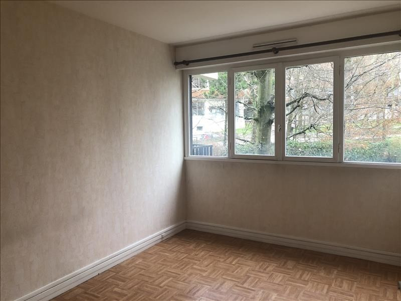 Rental apartment Le chesnay 1 220€ CC - Picture 5
